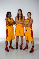 BASKETBALL WOMEN POSTER PHOTOS